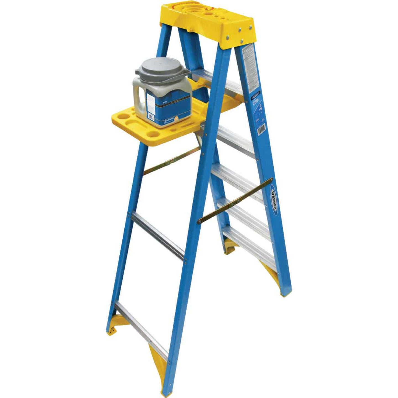 Werner 6 Ft. Fiberglass Step Ladder with 250 Lb. Load Capacity Type I Ladder Rating Image 3